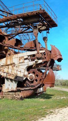 Lost Places der Industriekultur - Ferropolis - Burgdame Metal Festival, Open Air, Museum, Military Vehicles, Lost, Places, Campsite, Steel Sculpture, Steel Mill