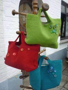 Bayanlar için örgü çanta modelleri