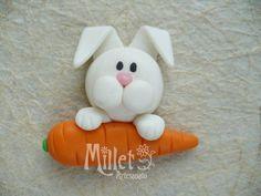 Imá decorado com coelhinho de biscuit.  Ideal para lembrancinha de Páscoa. R$ 2,30