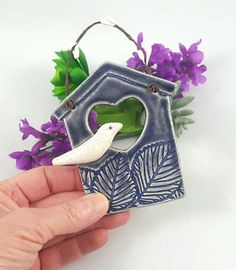 Ceramic Houses, Ceramic Birds, Tower Ceramics, Polymer Clay Owl, Handmade Stamps, Handmade Gifts, Bird Houses Painted, Decoration Christmas, House Ornaments