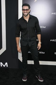 StyleBlazer Man Of The Day: Jesse Metcalfe