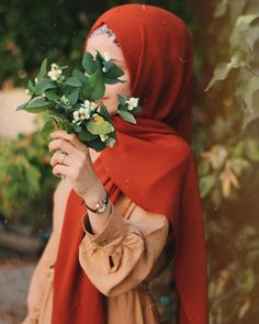 everything can change ♡ for love ♡ Beautiful Hijab Girl, Beautiful Muslim Women, Niqab Fashion, Muslim Fashion, Hijabi Girl, Girl Hijab, Hijab Hipster, Hijab Dpz, Applis Photo