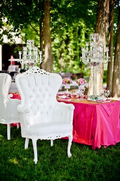 Outdoor Bridal Shower Tent Lounge Areas 52 New Ideas Bridal Shower Decorations, Wedding Decorations, Table Decorations, Chandelier Centerpiece, Centerpieces, Elegant Wedding, Dream Wedding, Baroque Wedding, Outdoor Bridal Showers
