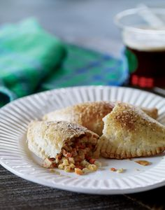 Like Ireland, Cornwall is a Celtic region, so it's no surprise that these turnovers are a favorite in pubs all over Ireland. Cornish Pasties, out of 4 based on 3 ratings Vegetarian Times, Vegetarian Side Dishes, Veg Recipes, Vegetarian Recipes, Recipes Dinner, Healthy Recipes, Vegetarian Pasties, Vegetable Pasties, Cornish Pasties