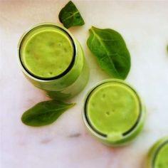 Ontbijtsmoothie met avocado en spinazie