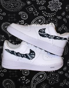 custom designed sneakers. air force 1 Air Force 1, Nike Air Force, Air Force Sneakers, Sneakers Nike, Bandana, King, Shoes, Fashion, Nike Tennis