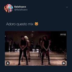 Black Pink Songs, Black Pink Kpop, Cool Music Videos, Good Music, Bts Eyes, Black Pink Dance Practice, Blackpink Poster, Blackpink Memes, Blackpink Video
