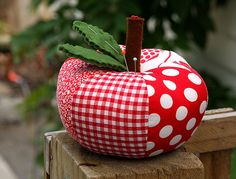 way cute apple pin cushion