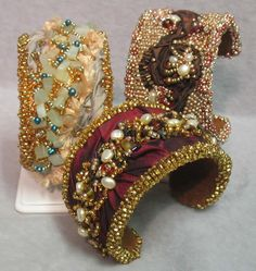 Google Image Result for http://www.beadage.net/pics/gallery_pieces/149-orig.jpg