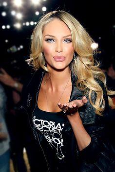 Makeup Tricks You Need To Master – Fashion Style Magazine