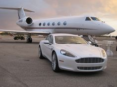Of course I have a matching Aston Martin for my private jet! Jets Privés De Luxe, Luxury Jets, Luxury Private Jets, Private Plane, Ferrari California, Avion Jet, Jet Privé, Porsche, Mercedes Sls