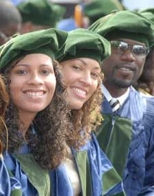 Howard University Medical Students DIOR HOMME International Trade and Marketing for the Fashion Industries BY: ALEXANDER V WESLEY African American Women, American History, African Princess, Howard University, Black Image, Medical Students, Human Condition, People Of The World, Graduate School