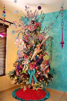 Candy land X-Mas tree decoration Candy Land Christmas, Christmas Trees For Kids, Silver Christmas Decorations, Beautiful Christmas Trees, Colorful Christmas Tree, Christmas Tree Themes, Noel Christmas, Holiday Tree, Xmas Tree