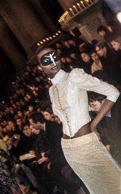 Alexander McQueen - A/W 1996 Dante (via: Civilian)