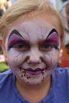 schminken-vampir-interessant-schönes mädchen