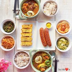 I Want Food, Cute Food, A Food, Food And Drink, Yummy Food, Korean Traditional Food, Real Food Recipes, Cooking Recipes, Aesthetic Food