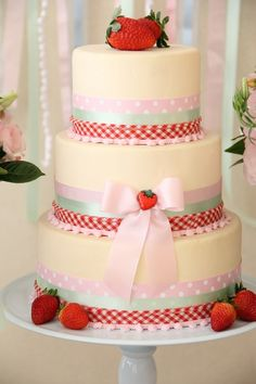 Gorgeous Strawberry Cake