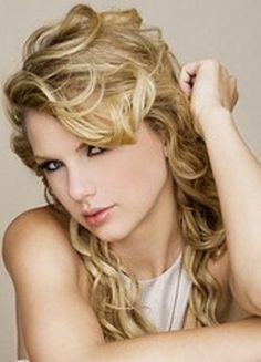 Taylor Swift: our country-pop superstar Taylor Swift Fotos, Taylor Swift Cute, Taylor Swift Web, Taylor Swift Pictures, Taylor Alison Swift, Swift 3, Swift Photo, Glamour, Demi Lovato