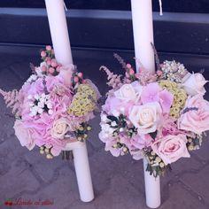 #lumanari #cununie #nunta #pastel #blossom #blush #romantic #wedding #flowers #candles #hypericum #celosia  #trandafiri #bouvardia #hydrangea  #hortensia #flori #paulamoldovan #bucuresti Diy Flowers, Flower Diy, Wedding Flowers, Bohemian Wedding Decorations, Hydrangea, Floral Wreath, Pastel, Romantic, Diy Crafts