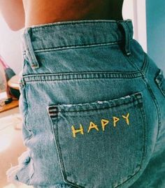 47 Women Jeans Style To Inspire Every Girl - Women Jeans - Ideas of Women Jeans . 47 Women Jeans Style To Inspire Every Girl – Women Jeans – Ideas of Women Jeans – Painted Jeans, Painted Clothes, Diy Clothes Paint, Diy Your Clothes, Diy Clothes Projects, Diy Summer Clothes, Clothes Crafts, Diy Fashion, Ideias Fashion