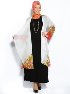 A couple if these tunics are an awesome idea to stay cool in the summer and still be fully covered :)