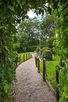 """Rep-""""staket"""" Garden Bridge, Outdoor Structures, Inspiration, Biblical Inspiration, Inspirational, Inhalation"""