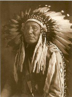 Ceremonial Head Dress of Blackfoot Chief