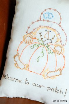 Items similar to Primitive Stitchery Pillow Scarecrow Pumpkin on Etsy Embroidery Applique, Cross Stitch Embroidery, Machine Embroidery, Primitive Stitchery, Primitive Crafts, Scarecrow Crafts, Scarecrows, Rug Hooking, Cross Stitching