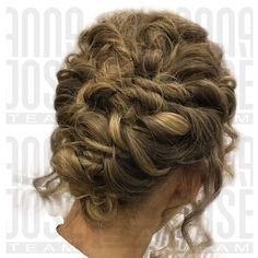 Hair Updo, Up Hairstyles, Updos, Anna, Long Hair Styles, Beauty, Hair Dos, Beleza, Hairstyles