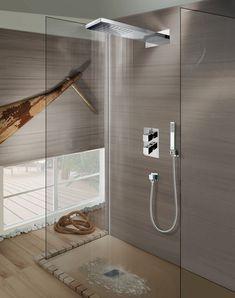 BOSSINI SOFFIONE Se siete stanchi del solito Phon da doccia allora il Soffione Manhattan in acciaio inox con getto a pioggia vi conquisterà!