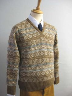 Our Long Sleeve Fair Isle Pullovers are ideal for winter wear or costume. Fair Isle Knitting Patterns, Knitting Designs, Oxford Bags, Vest Pattern, Knit Vest, Color Patterns, Hand Knitting, Knit Crochet, Men's Knitwear