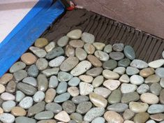 How to Lay a Pebble-Tile Floor : How-To : DIY Network