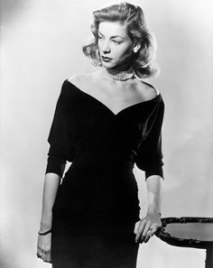 Legends Lauren Bacall's death has brought a wealth of vintage fashion pictures.Lauren Bacall's death has brought a wealth of vintage fashion pictures. Hollywood Glamour, Old Hollywood, Glamour Hollywoodien, Vintage Glamour, Classic Hollywood, Lauren Bacall, Moda Vintage, Vintage Mode, Vintage Ladies