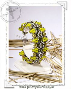 Brona  beaded bracelet PDF pattern  Superduo and O beads   by Ewagyongyosvilaga on Etsy