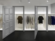 Sleek and clean showroom space looks enticing to buyers. If your space is cluttered and dirty, no one would want to buy from you.