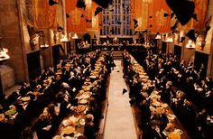 Daniel Radcliffe, Rupert Grint, and Emma Watson didn't see the Great Hall until they filmed the Sorting Hat scene.