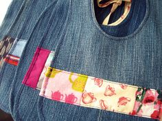 Make baby bibs out of old jeans. They don't require interfacing, wash well and don't stain easily. So smart! Bibs by kristenaderrick, via Flickr