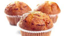 Ecco la ricetta più semplice per fare  i muffin in casa senza rischio di errori. Vi proponiamo qui la ricetta base dei muffin dolci, che potrete personalizzare
