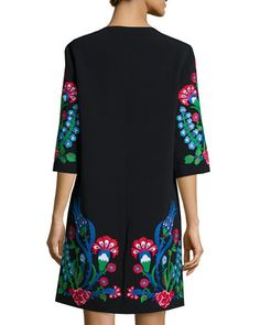 W08SJ Andrew Gn Floral-Embroidered Crepe Half-Sleeve Coat