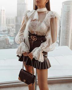 Style Fashion Tips .Style Fashion Tips Fashion 2020, Look Fashion, Fashion Design, Luxury Fashion, Classy Outfits, Stylish Outfits, Stylish Clothes, Satin Bluse, Vetement Fashion