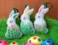 easter bunnies in needlepoint