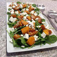 Pumpkin and Spinach Salad recipe Spinach Salad With Chicken, Spinach Salad Recipes, Veggie Recipes, Cooking Recipes, Healthy Recipes, Cooking Ideas, Easy Recipes, Keto Recipes, Healthy Food