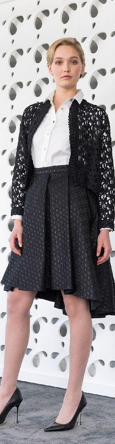 Fall 2015 Ready-to-Wear Barbara Tfank