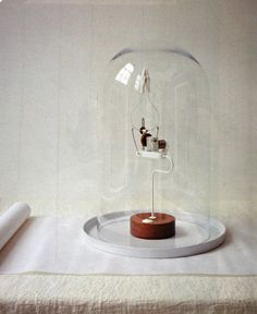 Applause Machine by Martin Smith {Page from Elle Wonen}