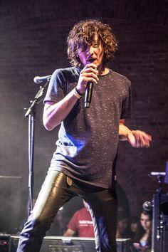 Leon Larregui Vocalist Zoè ❤