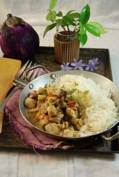 Le poulet curry et lait de coco, voilà bien le genre de recette que j'avais l'habitude de réaliser il y a quelques années, quand j'ai commencé à travailler.