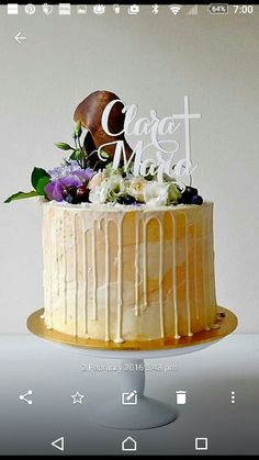 Love this cake. Fresh flowers and berries