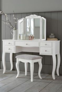 Dressing table loving thanks to our new Marielle furniture collection!