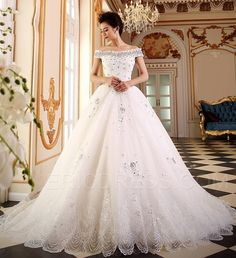 Elegant Off the Shoulder Lace Wedding Dress 4