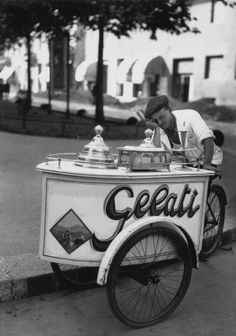 Gelato vintage. [What I really wish is that this guy was my next-door neighbor.]